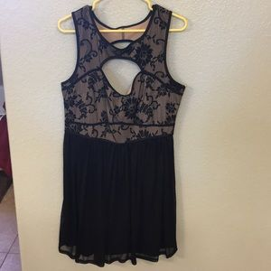 Black and nude dress lace